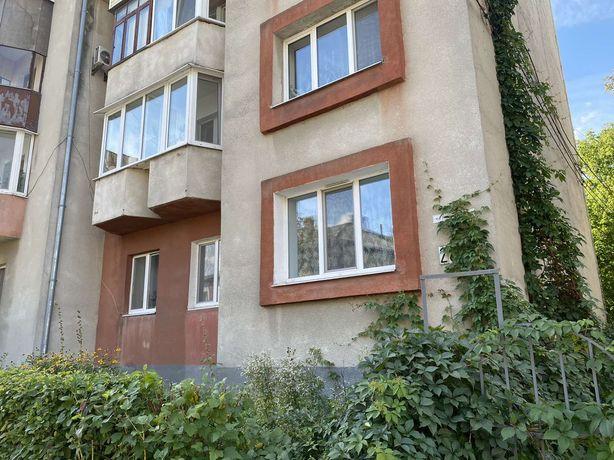 ПРОДАМ 3-кімнатну квартиру в Центрі і