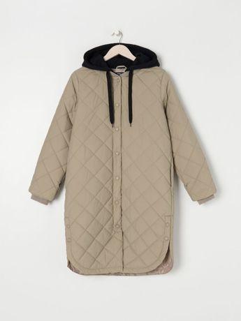 Стегання куртка с капюшоном Zara