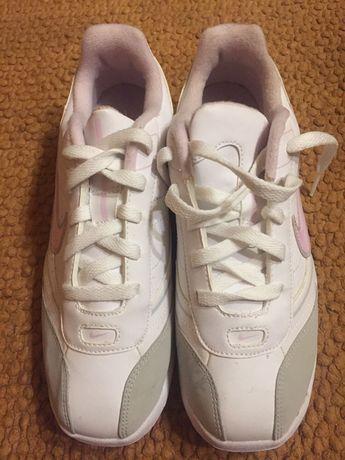 Sapatilhas Nike t38,5