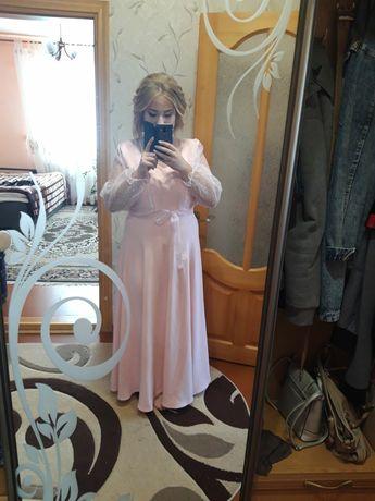 Продам плаття шите підзамовлення