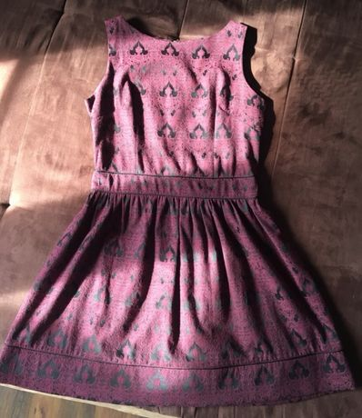 Sukienka letnia/koktajlowa wytłaczany wzór marszczona.M