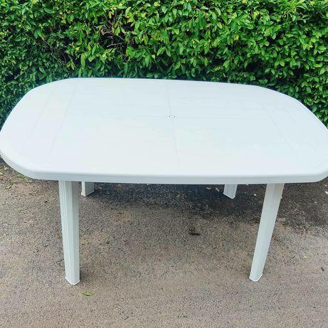 Распродажа! стол для дома и дачи.Кухонный стол.Пластиковая мебель.