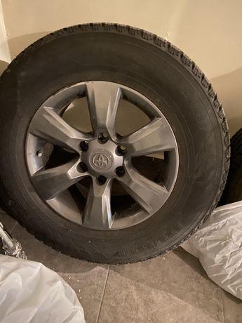 Колеса в зборі Toyota Land Cruiser