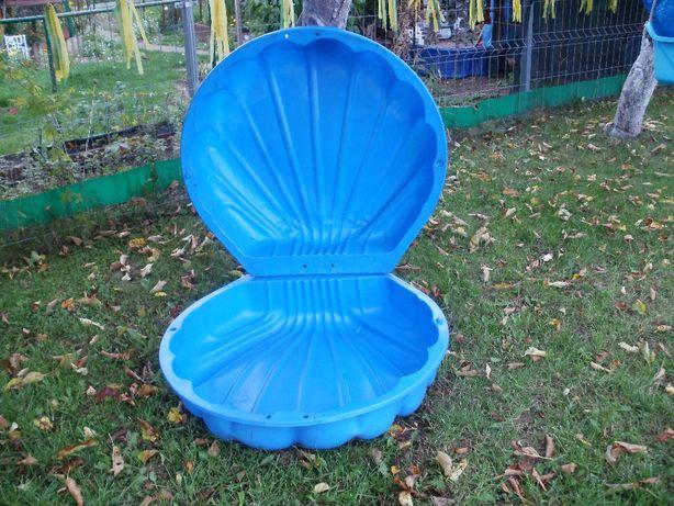 Piaskownica niebieska - muszelka