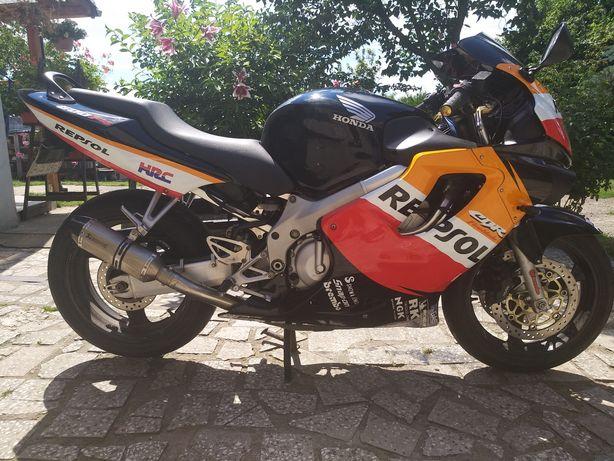 HONA CBR F4 2000