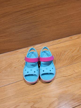 Buty crocs dla dziewczynki