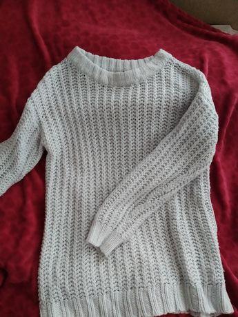 Błękitny sweterek H&M