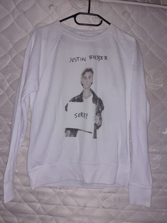 Oddam białą bluzę Justina Biebera