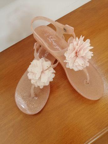 Босоніжки вьетнамки сандалі шльопанці шлепки для дівчинки розмір 32