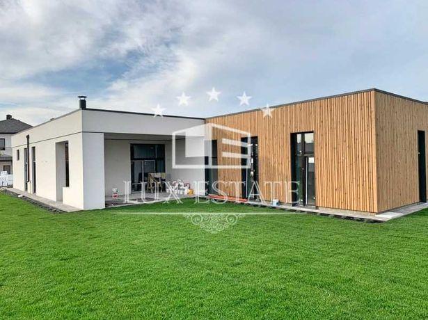 Дом в стиле hi-tech с новым ремонтом, продажа без %
