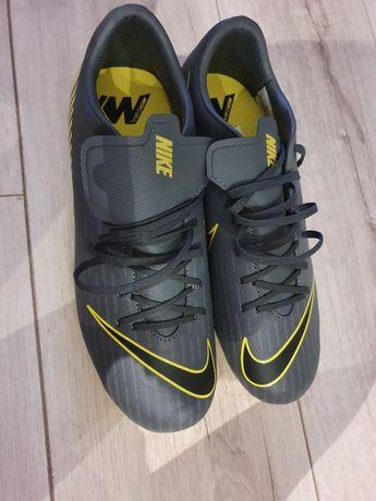 Korki Nike Mercurial Vapor 12 Academy. Roz.42!Nieużywane