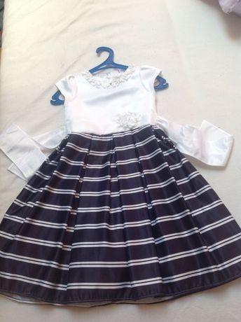 Плаття для дівчинки 6-7 років