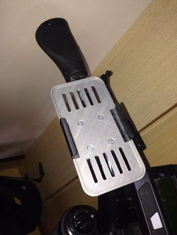 Продам чехол-крепление Iphone5s на руль велосипеда