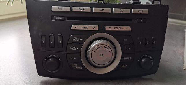 Sprzedam radio z Mazdy 3 BL z 2010 r. Wszystko sprawne. 70 PLN