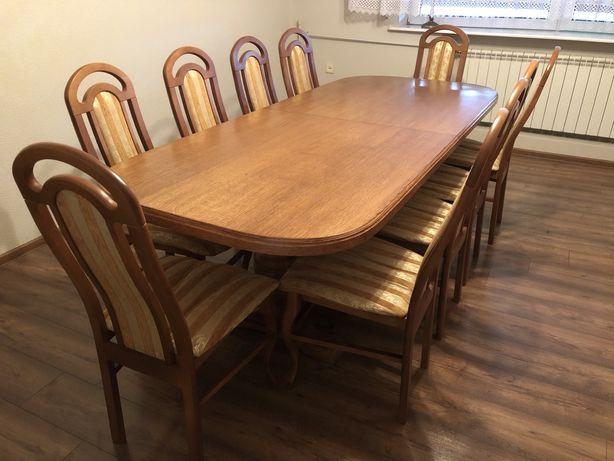Stół dębowy z 10 krzesłami