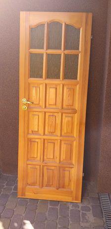 Drzwi sosnowe łazienkowe z klamką