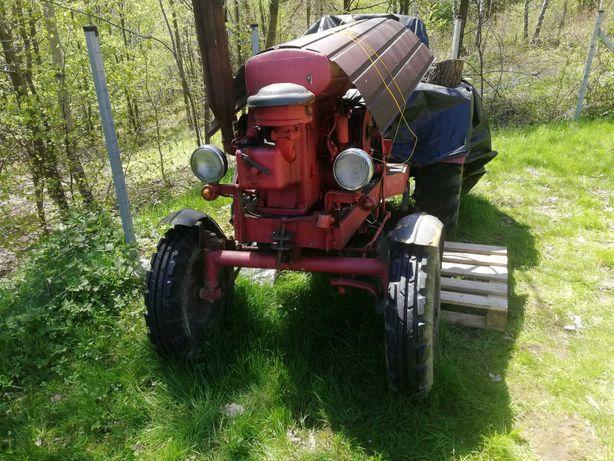 traktor na mocnej ramie SAM 18