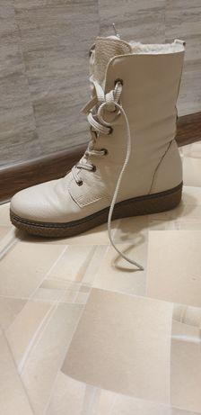 Продам кожаные ботинки Rieker