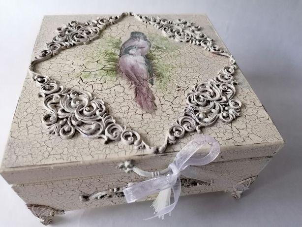 Szkatułka kasetka, pudełko na biżurerię PTASZKI (decoupage)