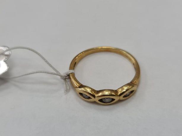 Klasyczny złoty pierścionek damski/ 585/ 2.78 gram/ R18/ Cyrkonie