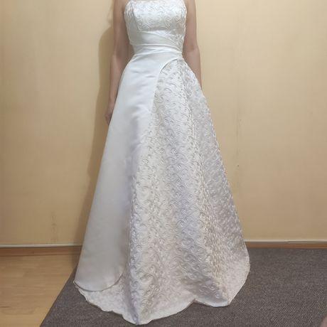 Платье свадебное бу размер м