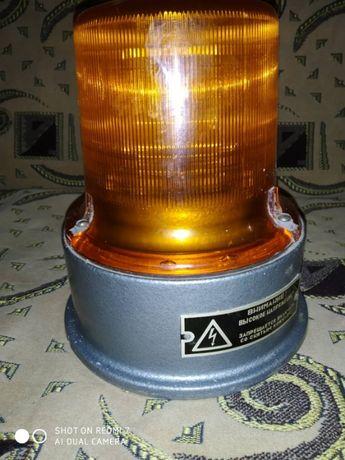 Светосигнальный импульсный маяк