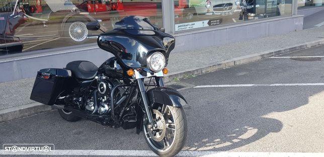 Harley-Davidson FLH  grande turismo