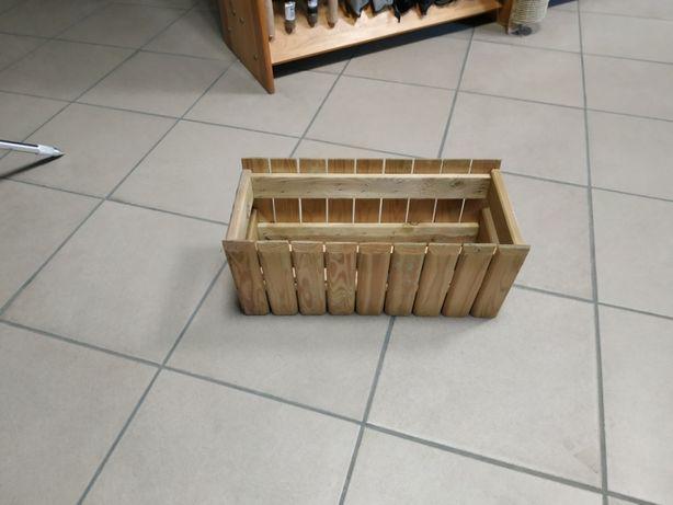Sprzedam doniczki drewniane