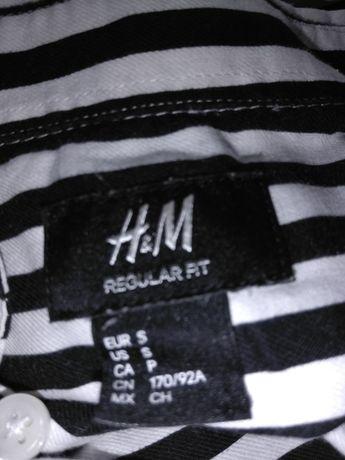 Trzy  Koszulki rozmiar S