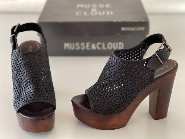 Sandálias Salto - Musse & Cloud