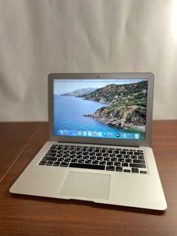 Продаю Macbook Air 13' /256Gb/