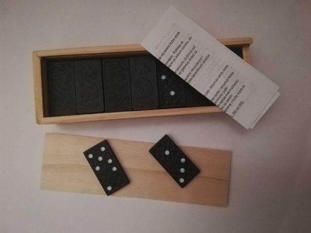 Domino-klocki w drewnianym pudełku