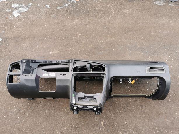 Deska rozdzielcza konsola VOLVO XC70 Cross Country V70