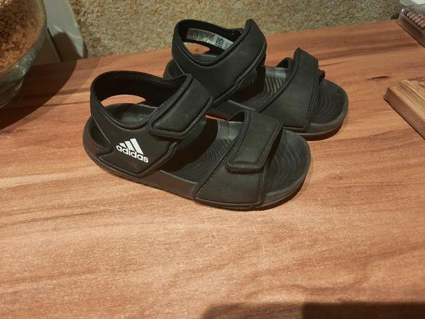 Sandałki adidas rozm. 22