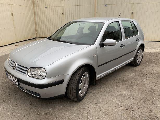 Volkswagen Golf lV 1.6 16V EDITION