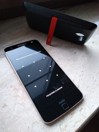 Motorola Z, dual SIM powerpack i jbl