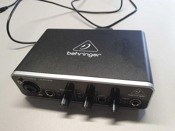 Behringer Interface USB de áudio U-Phoria UMC22