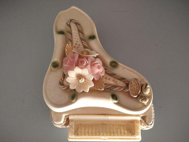 Caixa de jóias piano