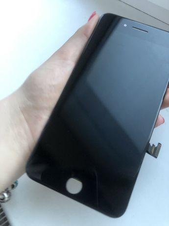 Дисплей iphone 8+