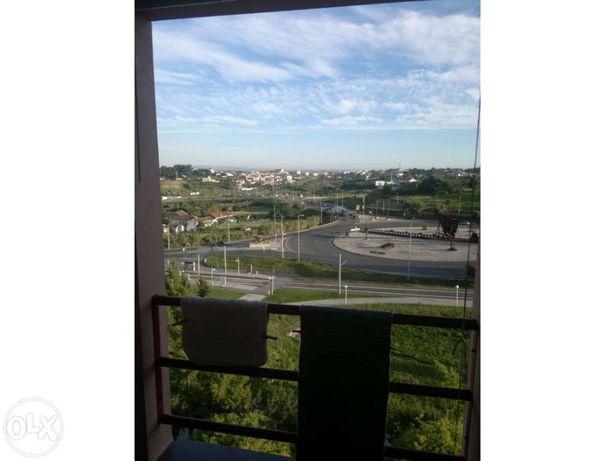 VENDE Apartamento T2 Caparica Universidades Mobilado Garagem
