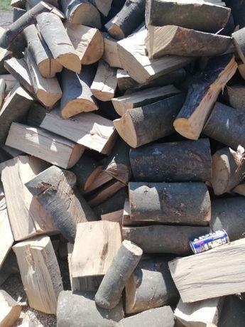 Sezonowane drewno buk dab gotowe sezonu grzewczego