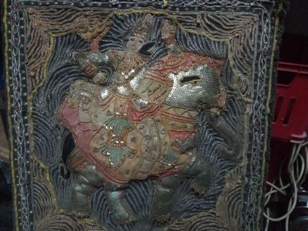 Lindo antigo quadro indiano bordado
