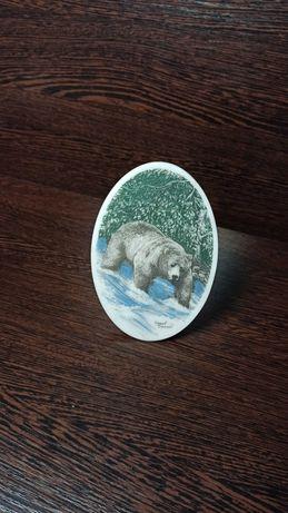 Натуральный Камень с росписью Джанет Вансил Теннесси Медведь