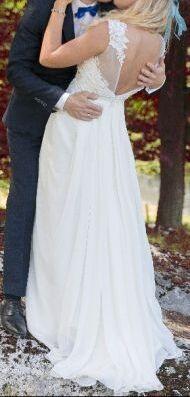 Suknia ślubna rozmiar 40, delikatna, klasyczna,prosta, elegancka TANIO
