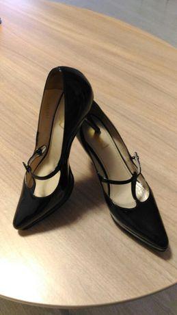 Оригинал Yves Saint Laurent туфли 40 размер