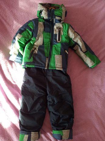 Продам детский зимний набор комбинезон+куртка