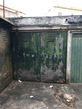 Garagem para venda em coimbra