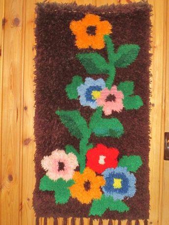 kwiaty makatka ręcznie wykonana z frędzlami duża