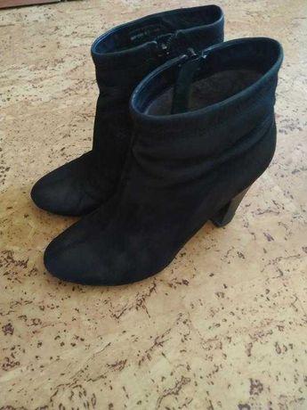 Демисезонные ботинки ботильоны bronx