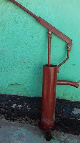 Ручная водяная помпа